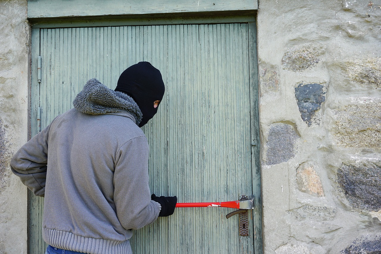 Stranger Danger: Why your property listing could be exposing you to burglary risk